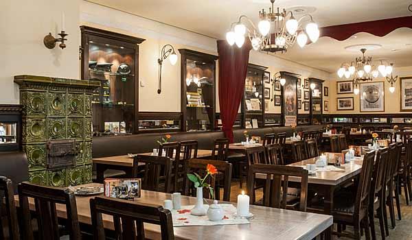 Das Stadtwaldschlösschen in unserem Restaurant für Feiern und Events in Dresden