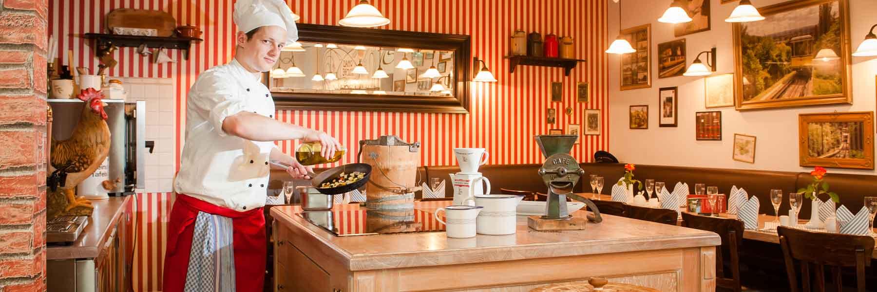 Erleben Sie mit uns eine kulinarische Reise in Omass Zeiten.