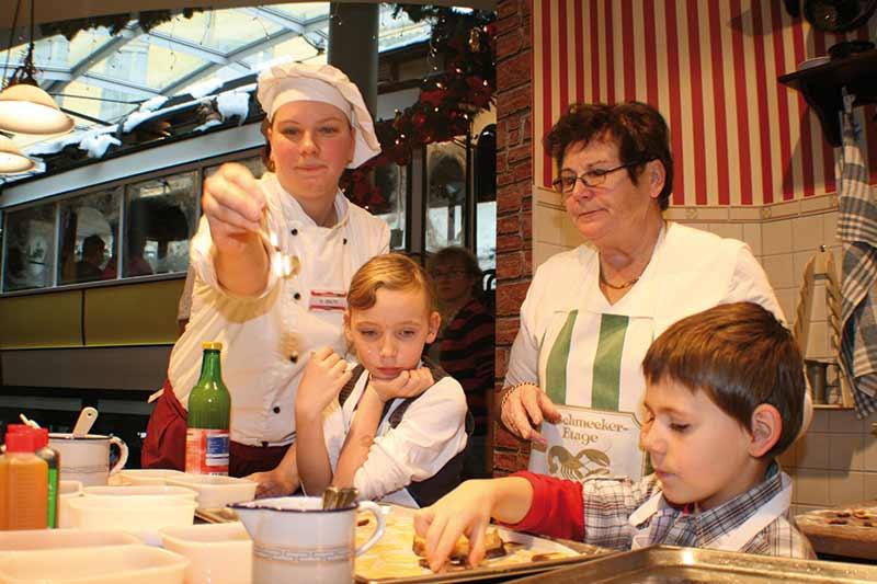Adventsbrunch mit Weihnachtsbäckerei